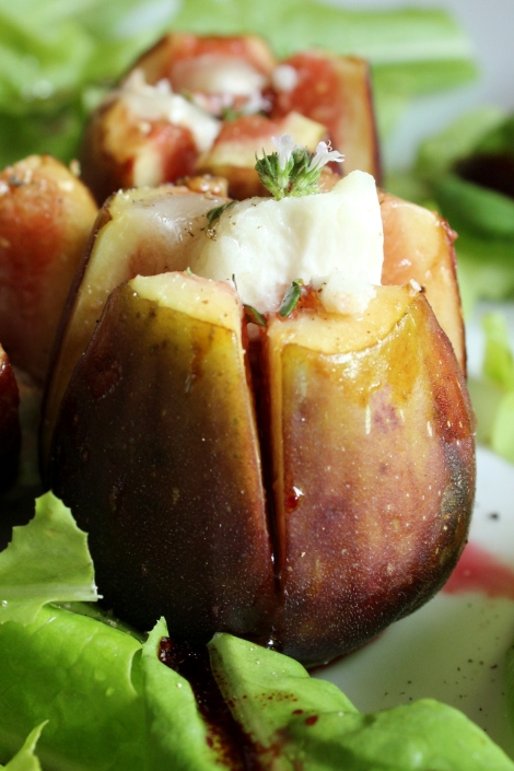 balsamic baked figs with goats cheese