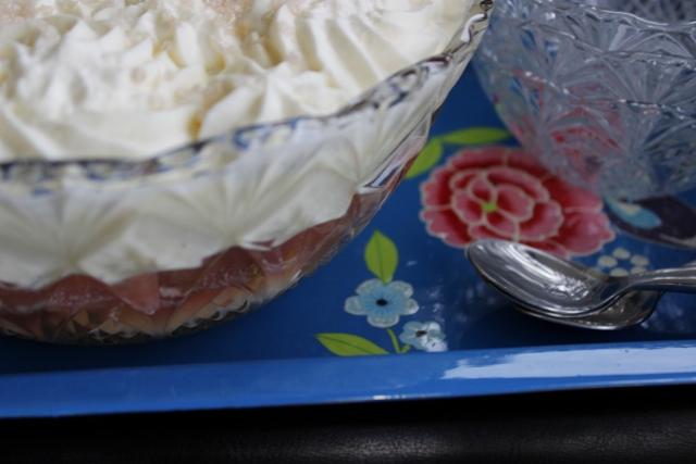 Rhubarb & Elderflower Trifle