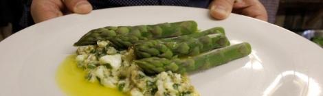 Asparagus with Sauce Gribiche